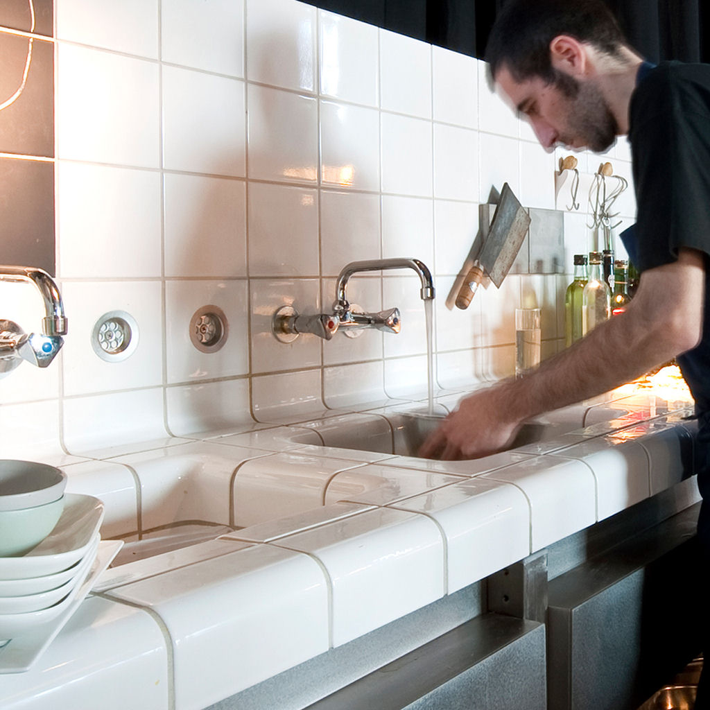kitchen dutch design week with rounded tiles