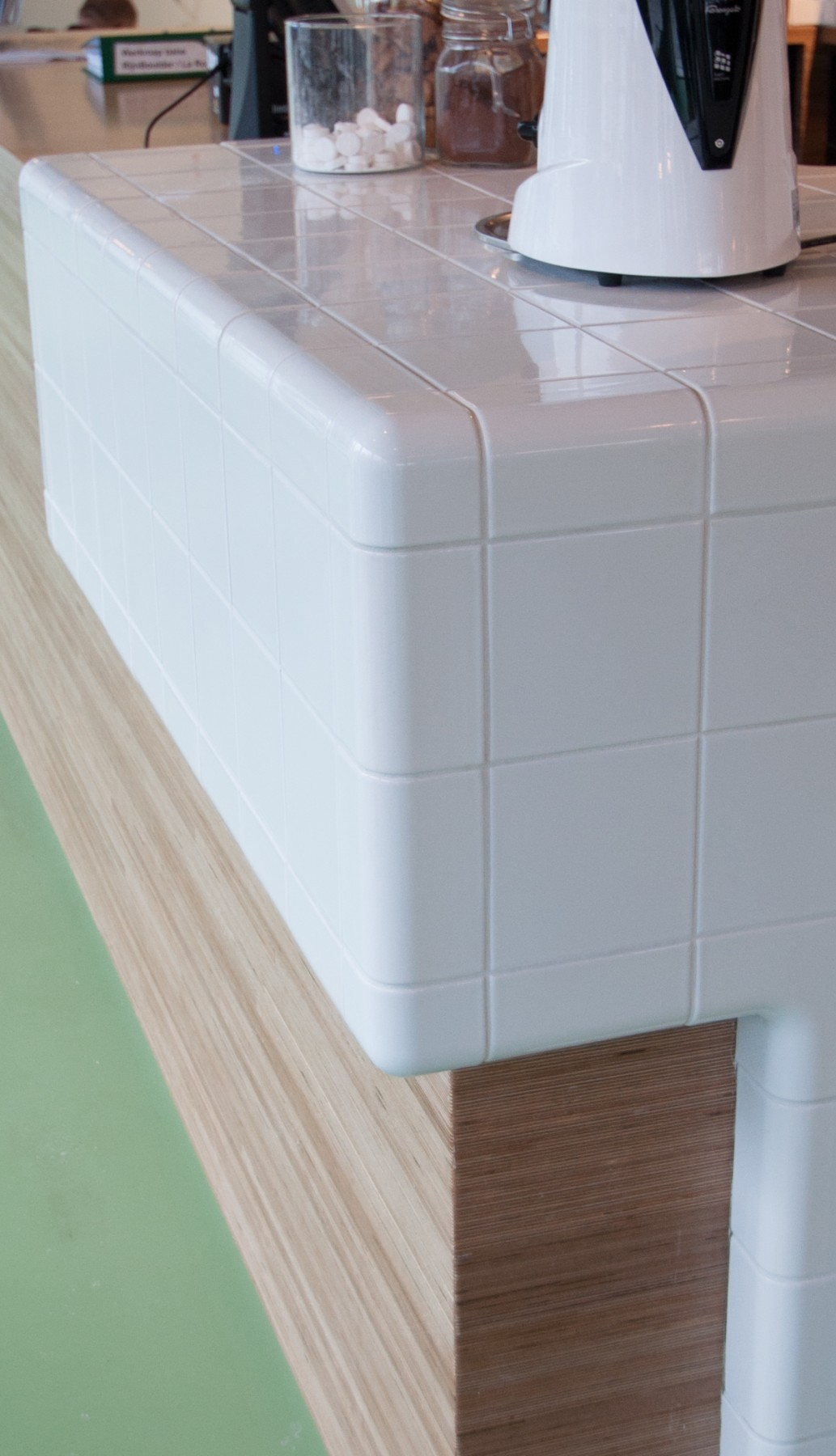 3d tiled corners in kitchen, functional and construction modern rounded tiles available in multiple colors