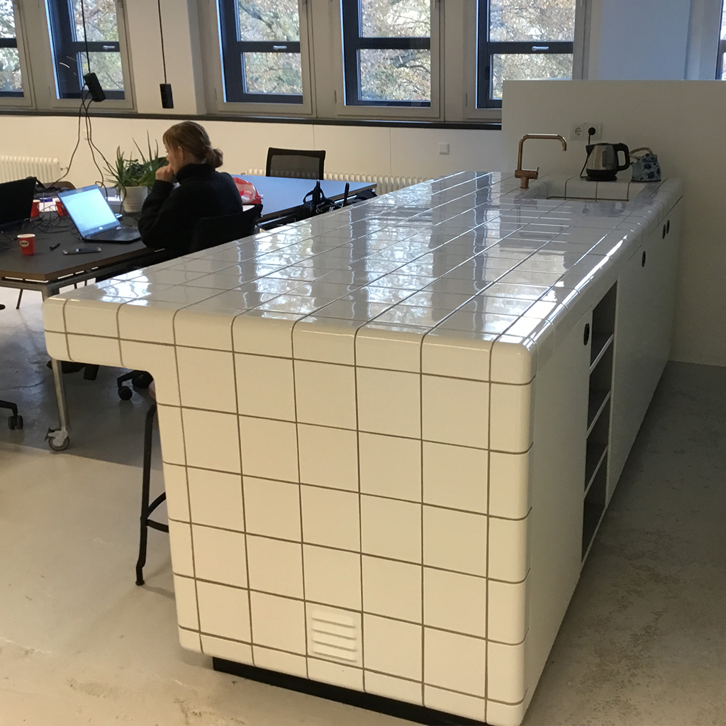 tiled bar with rounded  threedimensional tiles