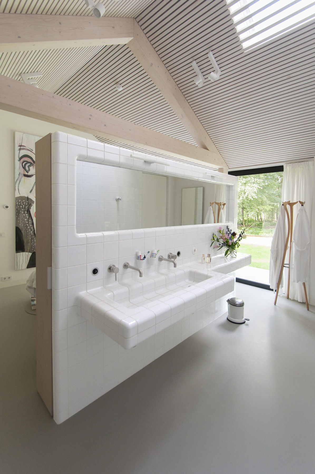 bathroom tiles with integrated tap and sink