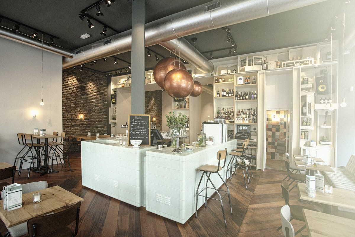 cafe / restaurant with 3d tiles with integrated rounded ventilation and shelves, maastricht